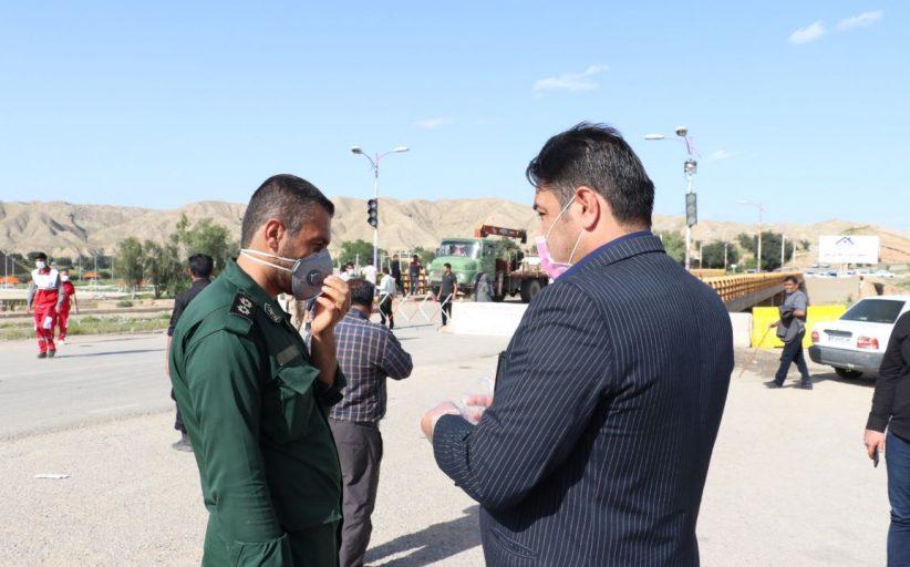 بازدید رییس شورای اسلامی شهر از کنترل ورودی تمبی جهت پیشگیری از شیوع کرونا ویروس